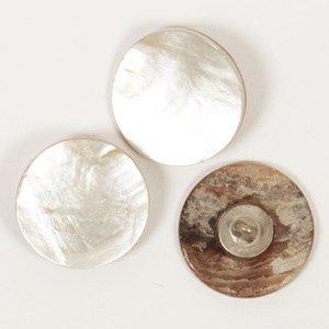 Knoop 20 mm parelmoer z/gaatjes - 524