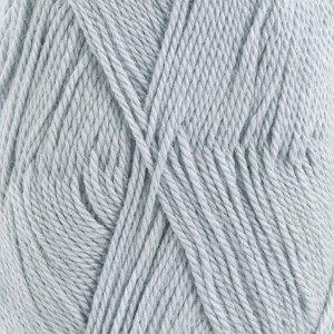 Drops Baby alpaca silk 8112 ijsblauw op=op uit collectie
