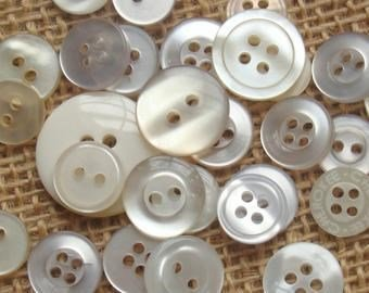 Knoop 11 mm off whit