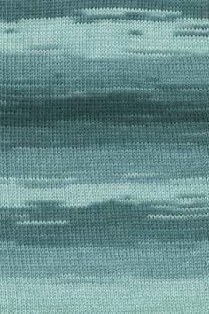 Lang Yarns Merino 400 lace colour 889.0058 op=op uit collectie