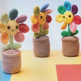 Haakpatroon bloemetjes in pot