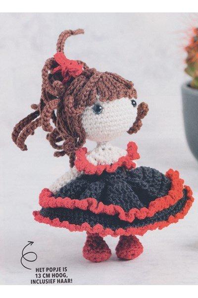 Haakpatroon Pop Gothic mini Doll