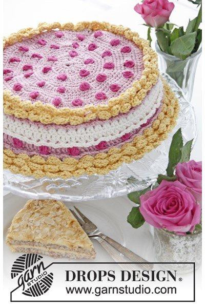 Haakpatroon Gehaakte hoes voor deksel van kleine taartdoos met bessen en slagroom van Muskat.
