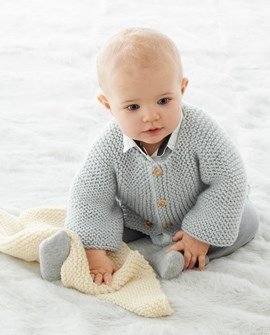 Eenvoudig te breien babyjasje overdwars ....